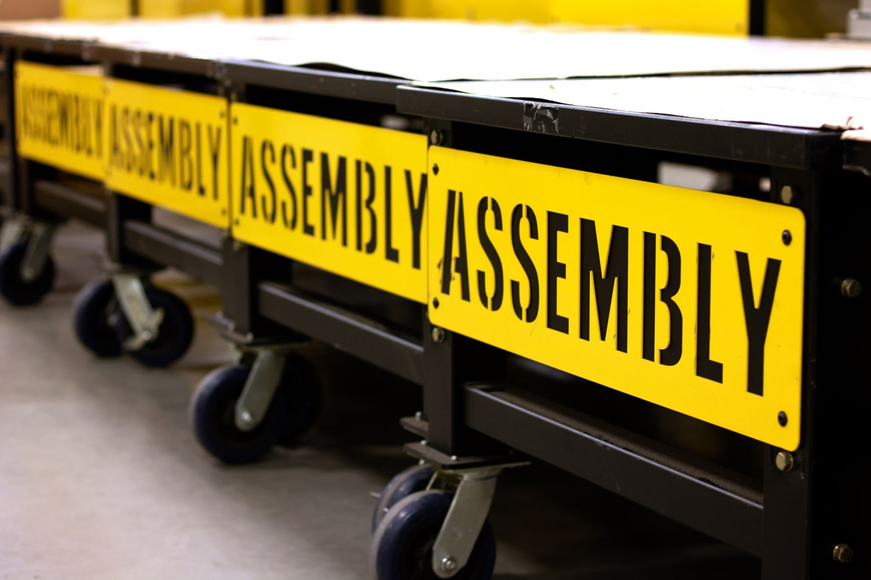 Material handling for the lean manufacturing facility