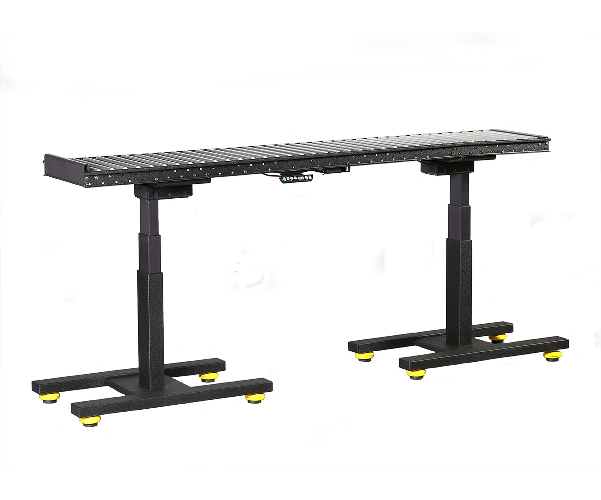 Conveyor for material handling manufacturing